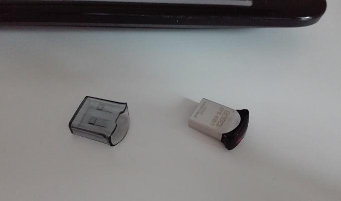 ワニ銀小型128GBUSBメモリ2