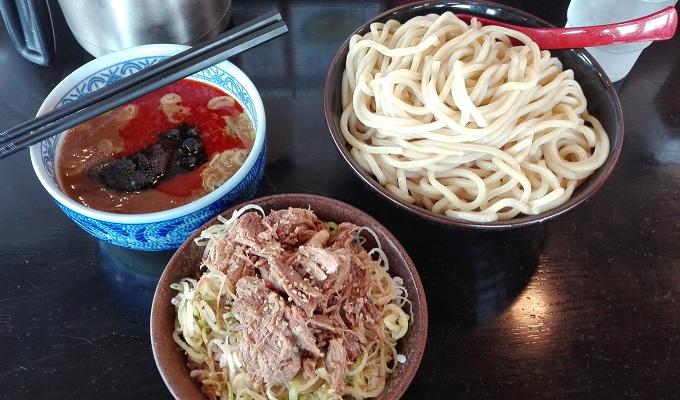 ワニ銀三田製麺所辛つけ麺大盛りと肉ねぎ飯のセット