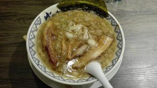 池袋東口店の「ばんから」で角煮ばんからラーメンを食べてきた!肉々しいスープに惚れてまうやろぉ~